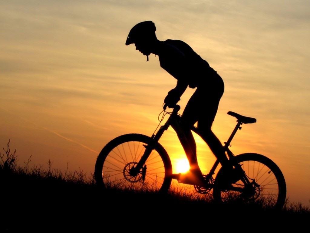 Sunset Mountain Bike Widescreen HD Wallpapers - Bạn muốn thành công hay mãi mãi tầm thường?