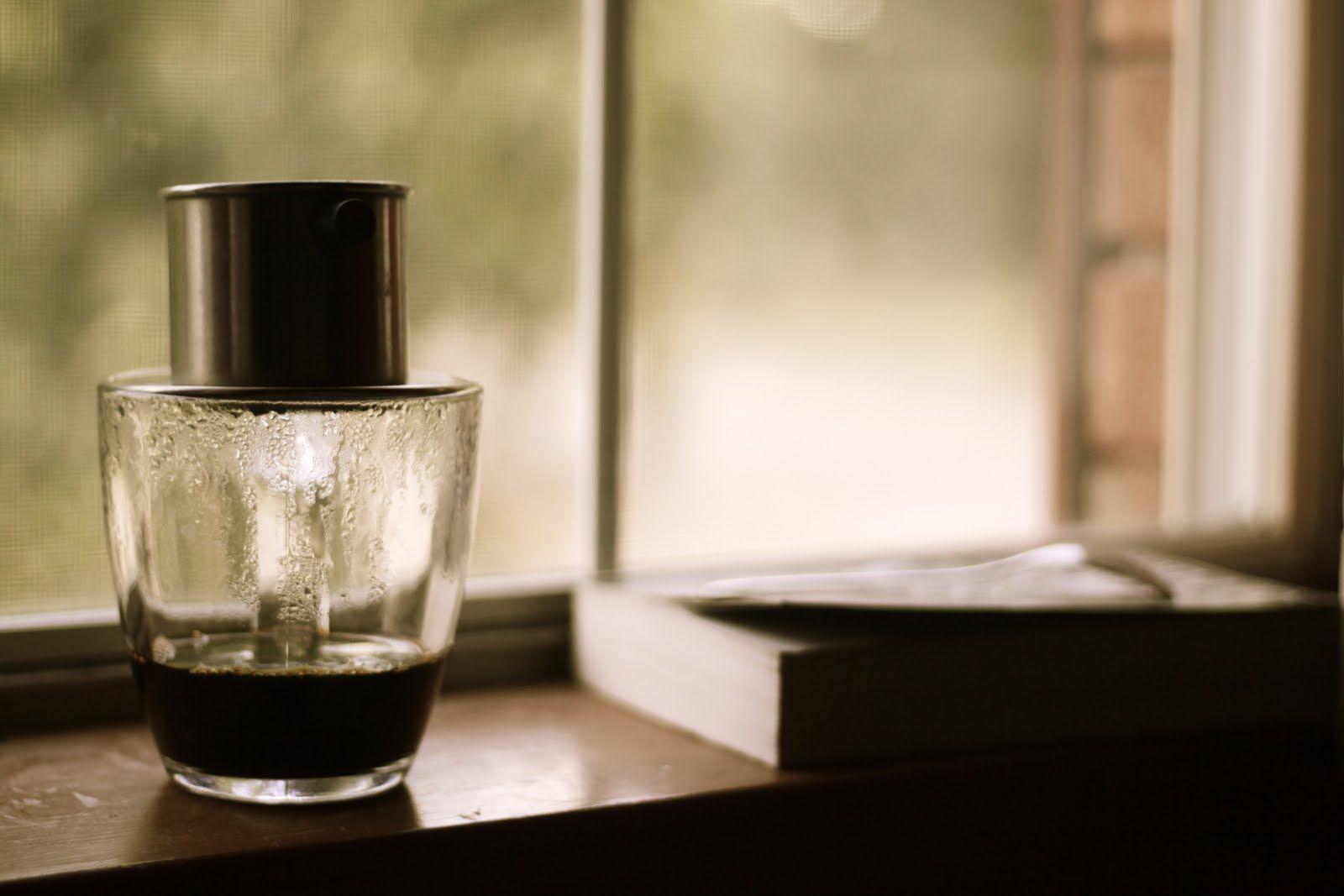 ena - Một đen đá, một tôi - thơ timbuondoncoi