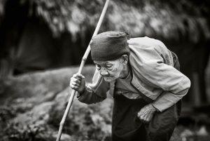 4 300x201 - Gánh cháo của bà - tác giả Đào Hiệp