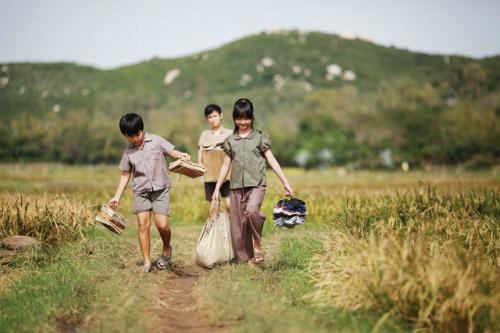 toi thay hoa vang tren co xanh - [Radio 21h]: Yêu thương rẽ lối- CTV Quang Phúc