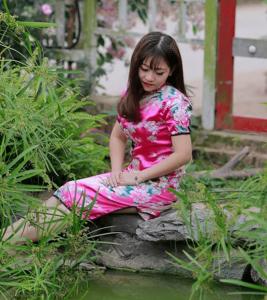 Huyền Trang min 267x300 - Thư gửi Mẹ - Tản văn Lê Huyền Trang