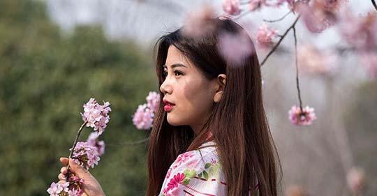 Untitled 2 - Thì thầm với mùa xuân - Thơ Thái Thủy