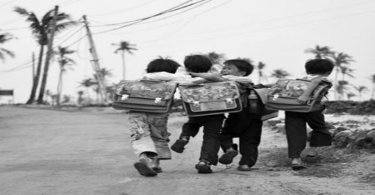 con duong den truong 1 - Thời xa vắng - Truyện ngắn Nguyễn Hồng Minh