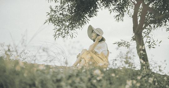 Nỗi nhớ phai màu thơ Thuận Ninh
