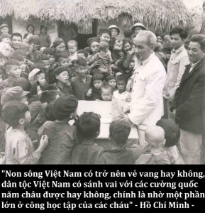21 289x300 - Kỷ niệm 130 năm Ngày sinh Chủ tịch Hồ Chí Minh (1890-2020): Hồ Chí Minh - Người yêu thương tất cả, chỉ quên mình