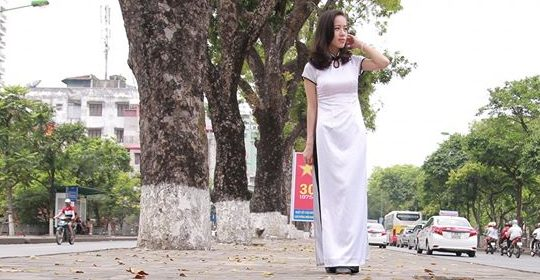 95753031 2591872581130370 7074141471036669952 o e1589211652503 - Cho ngày cũ, người xa - Thơ Phùng Diệu Linh