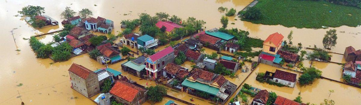 Đất miền Trung, đau thương ngày mưa bão – Thơ Lê Hoàng Huy