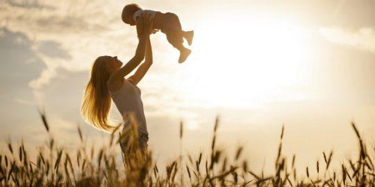 mother day 11 1494614444410 e1623420176600 - Suối nguồn yêu thương - thơ Phạm Thu