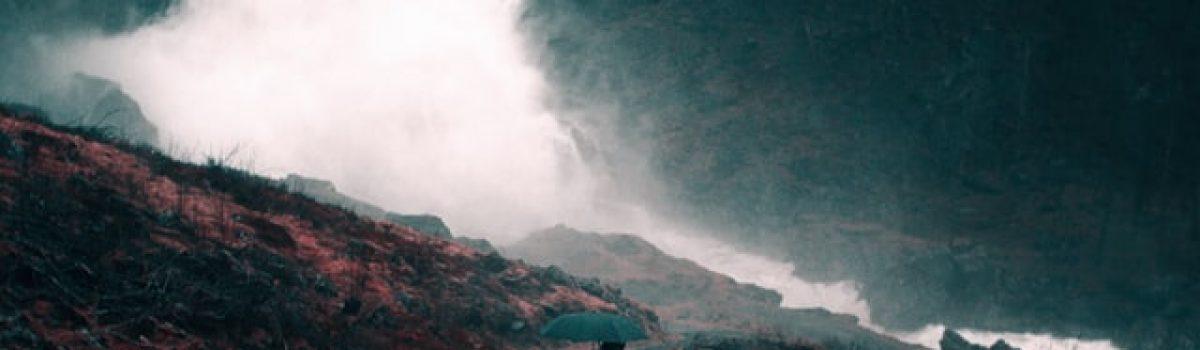 Tháng bảy mưa ngâu – Thơ Hồng Lĩnh